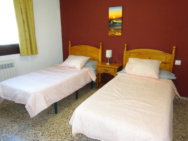 dormitorio_7-apartamentos-arinsal-3000la-massana-estacion-vallnord.jpg