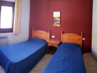 dormitorio_3-apartamentos-arinsal-3000la-massana-estacion-vallnord.jpg