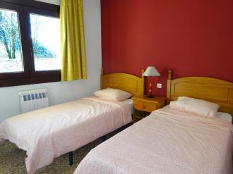 dormitorio_6-apartamentos-arinsal-3000la-massana-estacion-vallnord.jpg