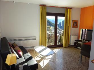salon_3-apartamentos-arinsal-3000la-massana-estacion-vallnord.jpg