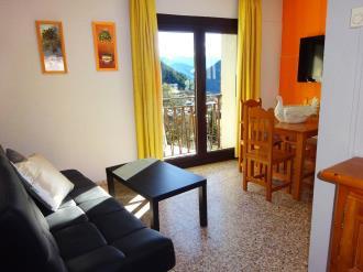 salon_5-apartamentos-arinsal-3000la-massana-estacion-vallnord.jpg