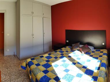 dormitorio_1-apartamentos-arinsal-3000la-massana-estacion-vallnord.jpg
