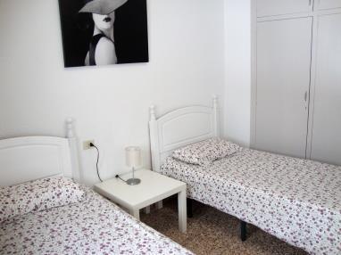 dormitorio_14-apartamentos-arinsal-3000la-massana-estacion-vallnord.jpg