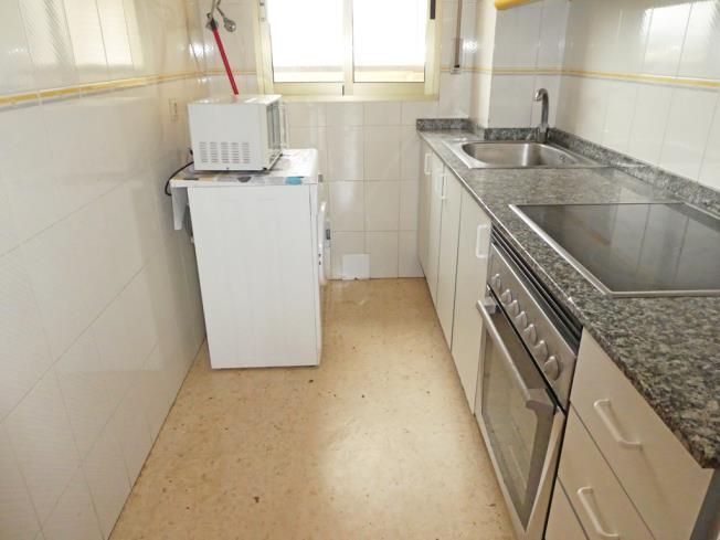 cocina_3-apartamentos-jardines-de-gandia-vi-viii_3000gandia-costa-de-valencia.jpg