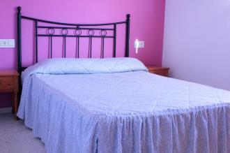 dormitorio_2-apartamentos-jardines-de-gandia-vi-viii_3000gandia-costa-de-valencia.jpg