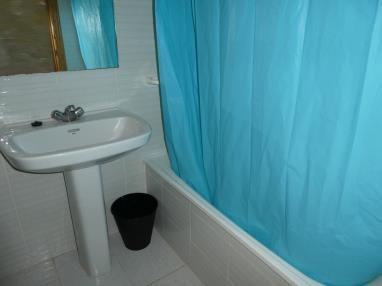 bano-apartamentos-jardines-de-gandia-vi-viii_3000-gandia-costa-de-valencia.jpg