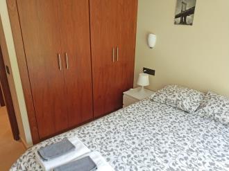 dormitorio_2-apartamentos-gavin-biescas-3000biescas-pirineo-aragones.jpg