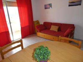salon-comedor_2-apartamentos-penismar-i-y-ii-3000peniscola-costa-azahar.jpg