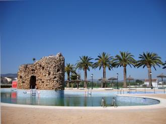 piscina-apartamentos-penismar-i-y-ii-3000-peniscola-costa-azahar.jpg