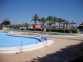 piscina_2-apartamentos-penismar-i-y-ii-3000peniscola-costa-azahar.jpg