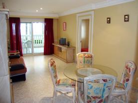salon-comedor-apartamentos-casablanca-3000-alcoceber-costa-azahar.jpg