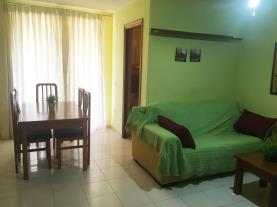 salon-comedor-apartamentos-mistral-3000-oropesa-del-mar-costa-azahar.jpg