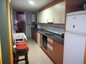 cocina-apartamentos-vinaroz-3000-vinaroz-costa-azahar.jpg