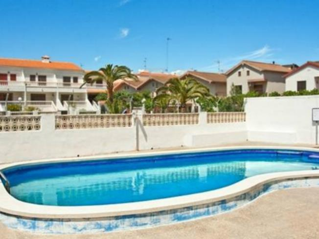 Piscina Apartamentos Bernat Pie de Playa 3000 Oropesa del mar