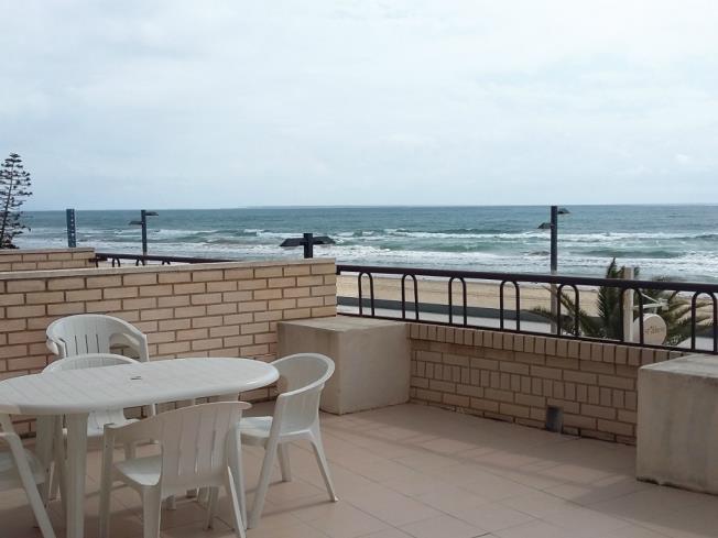 Terraza2-Apartamentos-Bernat-Pie-de-Playa-3000-OROPESA-DEL-MAR-Costa-Azahar.jpg