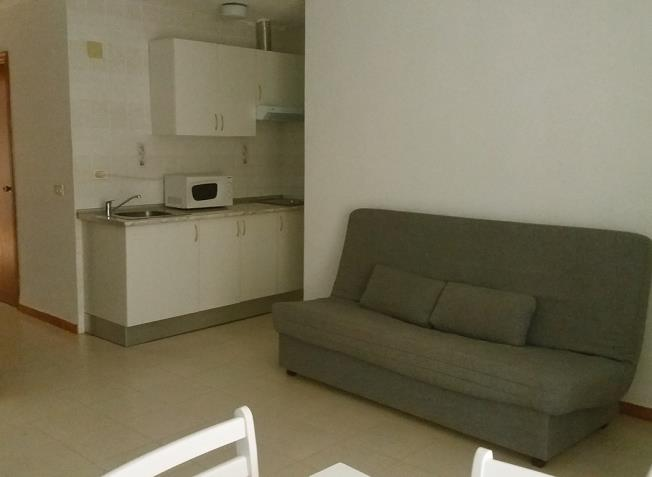 salon_2-apartamentos-bernat-pie-de-playa-3000oropesa-del-mar-costa-azahar.jpg