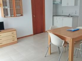 salon-comedor_4-apartamentos-bernat-pie-de-playa-3000oropesa-del-mar-costa-azahar.jpg