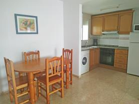cocina-1-apartamentos-estacion-oropesa-3000oropesa-del-mar-costa-azahar.jpg