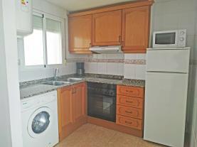 cocina-2-apartamentos-estacion-oropesa-3000oropesa-del-mar-costa-azahar.jpg