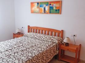 dormitorio-apartamentos-estacion-oropesa-3000-oropesa-del-mar-costa-azahar.jpg
