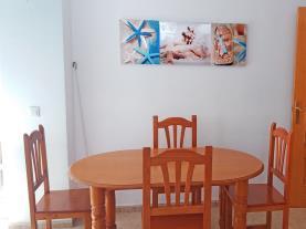 salon-comedor-apartamentos-estacion-oropesa-3000-oropesa-del-mar-costa-azahar.jpg