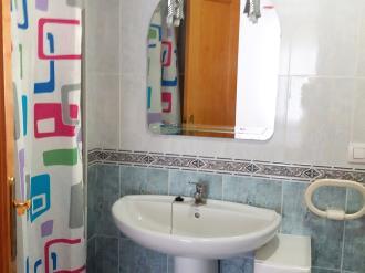 bano-apartamentos-estacion-oropesa-3000-oropesa-del-mar-costa-azahar.jpg