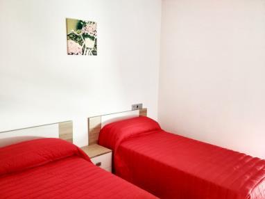 dormitorio_14-apartamentos-illa-de-arousa-3000illa-de-arousa,-a-galicia_-rias-bajas.jpg