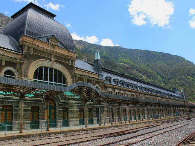 Estación de Canfranc Spagna Pirenei Aragonesi CANFRANC