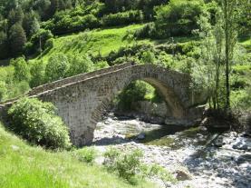 Puente de Canfranc Canfranc Pirineo Aragonés España