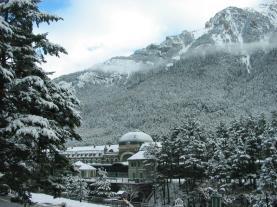 Vistas Estación en Invierno Canfranc Pirineo Aragonés España