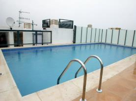 Piscina-Apartamentos-Peñíscola-Centro-3000-PEÑISCOLA-Costa-Azahar.jpg