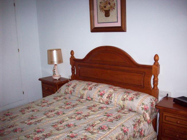dormitorio_5-apartamentos-biescas-3000biescas-pirineo-aragones.jpg