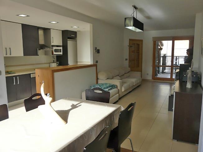 salon-comedor_3-apartamentos-biescas-3000biescas-pirineo-aragones.jpg