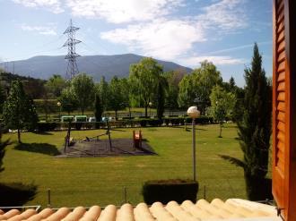 vistas_1-apartamentos-biescas-3000biescas-pirineo-aragones.jpg