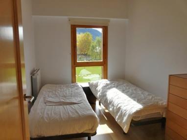 dormitorio_12-apartamentos-biescas-3000biescas-pirineo-aragones.jpg