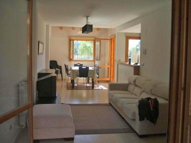 salon_7-apartamentos-biescas-3000biescas-pirineo-aragones.jpg
