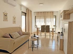salon-comedor-3-apartamentos-playa-del-cargador-3000alcoceber-costa-azahar.jpg