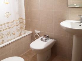 Baño-Apartamentos-Oropesa-del-Mar-Suites-3000-Vista-Mar-OROPESA-DEL-MAR-Costa-Azahar.jpg