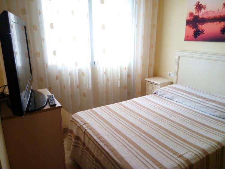 dormitorio_1-apartamentos-gandia-universidad-3000gandia-costa-de-valencia.jpg