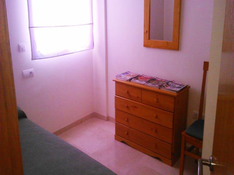 dormitorio_11-apartamentos-gandia-universidad-3000gandia-costa-de-valencia.jpg