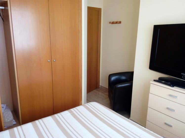 dormitorio_2-apartamentos-gandia-universidad-3000gandia-costa-de-valencia.jpg