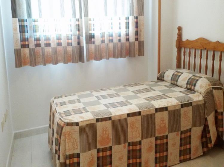 dormitorio_7-apartamentos-gandia-universidad-3000gandia-costa-de-valencia.jpg