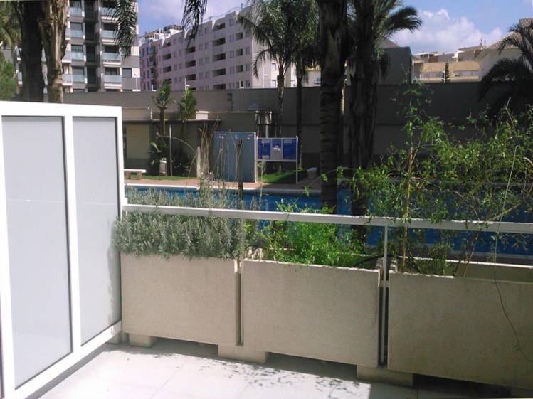 terraza_1-apartamentos-gandia-universidad-3000gandia-costa-de-valencia.jpg