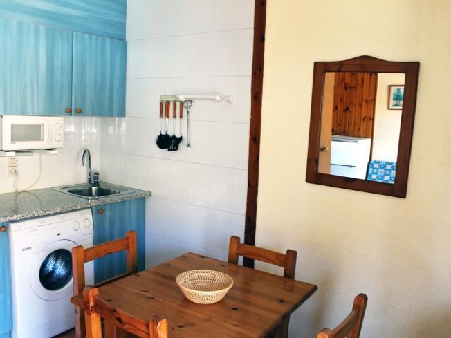 cocina_2-apartamentos-lake-placid-3000pas-de-la-casa-estacion-grandvalira.jpg