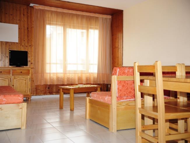 salon-comedor_14-apartamentos-lake-placid-3000pas-de-la-casa-estacion-grandvalira.jpg