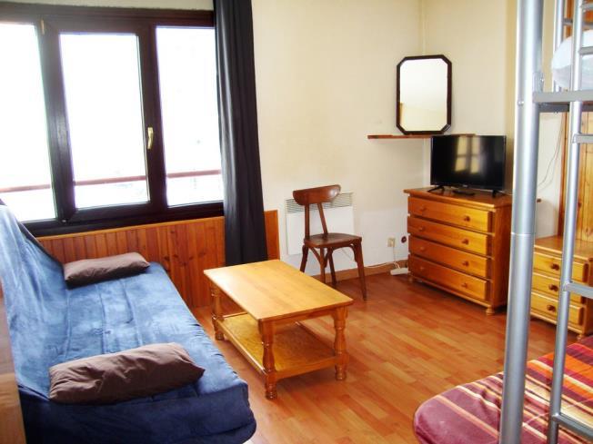 salon-comedor_5-apartamentos-lake-placid-3000pas-de-la-casa-estacion-grandvalira.jpg