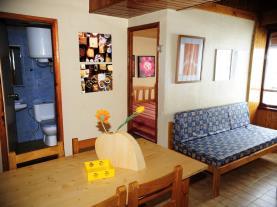salon-comedor-apartamentos-lake-placid-3000-pas-de-la-casa-estacion-grandvalira.jpg