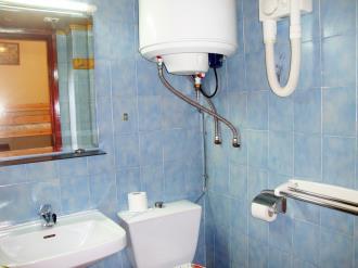 bano-apartamentos-lake-placid-3000-pas-de-la-casa-estacion-grandvalira.jpg