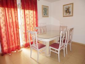 salon-comedor_1-apartamentos-peniscola-centro-3000-sin-piscinapeniscola-costa-azahar.jpg