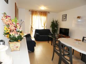 salon-comedor_4-apartamentos-peniscola-centro-3000-sin-piscinapeniscola-costa-azahar.jpg